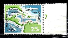 ANTILLES NEERLANDAISES 331**  25c  Bleu, Noir, Vert Et Rouge 35ème Anniversaire Des Services Aériens
