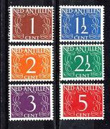 ANTILLES NEERLANDAISES 216/221** Série Courante Chiffres