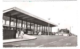 UK - Essex - Barking Station - Le Gare - Bahnhof - Stations Without Trains