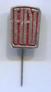 FIAT - Car, Auto, Automotive, Vintage Pin, Badge, Abzeichen - Fiat