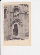 31 Melles Porche église St Saint Hilaire - France