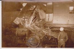 WATERLOO SOUTHAMPTON  COLLASH WITH THE WATERLOO SOUTHAMPTON SURREY     GRAN BRETAÑA .REINO UNIDO,INGLATERRA Press Fotos - Trains