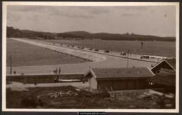 Johore Straits Settlements, The Causeway. Unused T.I.C. Postcard. - Cartes Postales