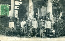 N°21 N -cpa Laos -groupe Mandarins Pou Eun- - Laos