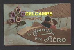 DF / GUERRE 1914 - 18 / CARTE FANTAISIE / L'AMOUR EN AÉRO / SOLDAT ET JEUNE FEMME DANS UN AVION / CIRCULÉE EN 1916 - War 1914-18