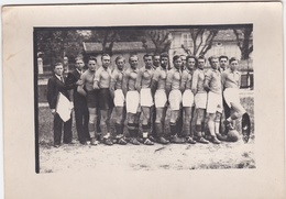 Photo D'une équipe De Football A Identifier . - Sporten