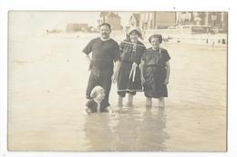 Carte Photo  De Baigneurs Et Baigneuses Sur La Plage à LE CROTOY (80)  Début 1900-     - L 1 - Le Crotoy