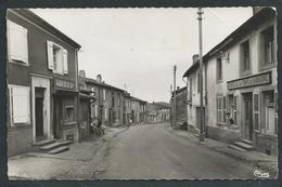 57 PIERREVILLERS ( MOSELLE ).  MAIZIERES- LES- METZ. CAFE DE LA CROIX DE LORRAINE.JEU DE QUILLES...C2204 - Autres Communes