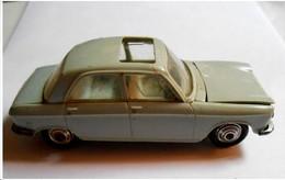 Voiturette NOREV 204 Peugeot 1/43 - N° 5 - - Toy Memorabilia
