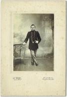 Photo S/carton. Militaire En Studio. Foto Wolff. Cureghem-Bruxemmes. - Krieg, Militär