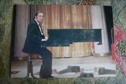 Russia Circus. Illusionist Igor Kio. Flying Piano - Old Postcard 1986 - Cirque