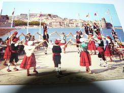 CARTE POSTALE  ROUSSILLON DANSE FOLKLORIQUE SARDANE 66 PYRENEES ORIENTALES COLLIOURE GROUPE JOVENTUT - Danses