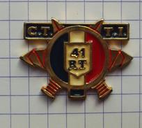 Pins 41 ème Regiment Transmission CTTI SENLIS Armée Militaire Tricolore France Badge Logo Blason - Militaria