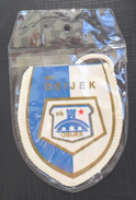 NK OSIJEK CROATIA FOOTBALL CLUB, CALCIO OLD PENNANT, SPORTS FLAG - Uniformes Recordatorios & Misc