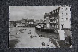PLOUMANAC'H - La Plage, Hôtels Beau Site Et St Guirec - Ploumanac'h