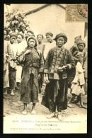 TONKIN - 3099 : Groupe De Femmes Et Hommes Mans-Coi - Région De Cao-Bang   (Gros Plan Animé) - Vietnam