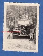 Photo Ancienne - THANNENKIRCH - Petit Garçon Posant Devant Une Belle CITROEN Traction - Mai 1952 - TOP - Automobiles