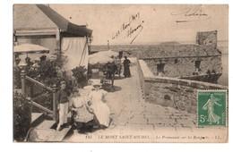50 - LE MONT-SAINT-MICHEL . LA PROMENADE SUR LES REMPARTS - Réf. N°2344 - - Le Mont Saint Michel