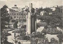 Y2856 Fiuggi (Frosinone) - Monumento Ai Caduti - Panorama Della Villa Comunale / Viaggiata 1964 - Italia