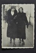 GRODNO BELARUS POLAND TWO WOMAN FOTO FILM (2059) - Otros
