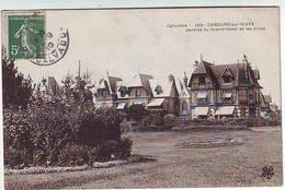 14. CABOURG SUR DIVES . JARDINS DU GRAND HOTEL ET LES VILLAS - Cabourg