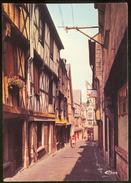 BOURGES (Cher).- Vieille Rue Typique. Rue Coursalon - Bourges