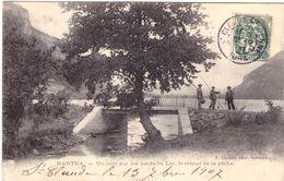 Nantua Un Coin Sur Les Bords Du Lac Le Retour De La Pêche - Nantua