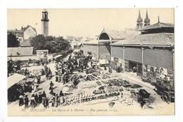 MOULINS  (cpa 03)   Les Halles Et Le Marché - Vue Générale -     - L 1 - Moulins