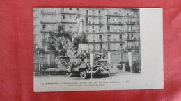 Luxembourg >   Cavalcade Char De La Maison Mercier -ref 2570 - Postcards