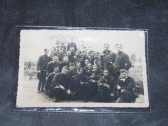 """PHOTO DE PRISONNIERS- Mention Au Dos """" 1940 En Captivité """" - 1939-45"""