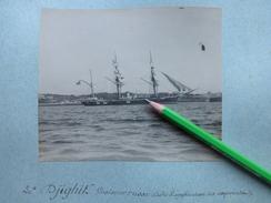 """BREST LE """"DJIGHIT"""" CROISEUR RUSSE 1900 ECOLE D'APPLICATION DES ASPIRANTS - PHOTO ORIGINALE BATEAUX - Barcos"""