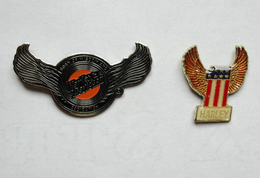 2 Pin's Harley Davidson - Motorräder