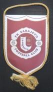 FK SARAJEVO, BOSNIA FOOTBALL CLUB, CALCIO OLD PENNANT, SPORTS FLAG - Uniformes Recordatorios & Misc