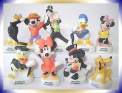 Mickey Et Ses Amis Mat  ... Lot De 9 Fèves... Ref : AFF : 29-2003...(pan 0039) - Disney