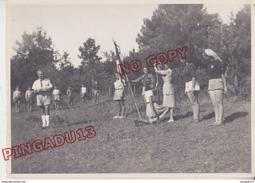 Au Plus Rapide Vaucluse Roussillon Marquets Fraternité Spirituelle Enfant Franc-maçonnerie Espéranto Secte Cérémonie - Personnes Identifiées