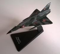 Avion - Mirage III C - Armée De L'air - ARMOUR Réf; 5150 - - Avions & Hélicoptères