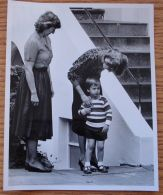 PRINCE WILLIAM  PRINCESS DIANA  FIRST DAY AT KINDERGARDEN 1985 - Unclassified