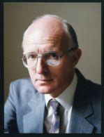 GOVENOR OF THE FALKLAND ISLANDS 1993 SIGNATURE - Autographs