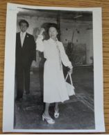 PRESS PHOTO PRINCESS MARGARET DANCING AT OPENING VISCOUNT LINDLEYS WORKSHOP - Other Collections