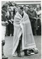 FINE ORIGINAL PRESS PHOTO PRINCE CHARLES IN FUN MOOD PERTH SCOTLAND 1983 POLO - Unclassified