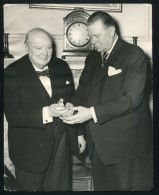 1954 PRESS PHOTO WINSTON CHURCHILL EKSTRABLADET HANS ANDERSON CAVLING ODENSE - Other Collections