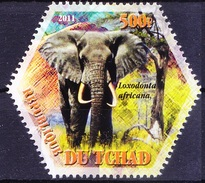 Elephants, Wild Animals, Odd Unusual Hexagon Shape, Tchad 2011 MNH - Elephants