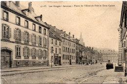 SENONES - Places De L' Hotel De Ville Et Dom- Calmet   (96849) - Senones