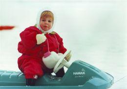 FOUR FINE ORIGINAL PRESS PHOTOS PRINCESS BEATRICE AS CHILD SKIING DUKE YORK - Other Collections