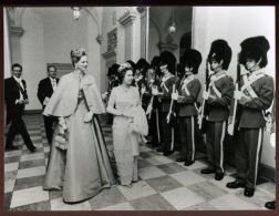 HM QUEEN ELIZABETH HM QUEEN MARGRETHE OF DENMARK 1979 - Other Collections