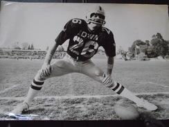 VERSAILLES (Yvelines) - FOOTBALL AMERICAIN - MATCH D'EXHIBITION Des CHICAGO LIONS Et NEWTON NITE HAWKS - 3 Juin 1977 - Sport