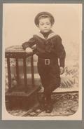 JEUNE GARCON COL MARIN - PHOTOGRAPHIE COLLEE SUR CARTON DUR - 11x16 Cms - Photos
