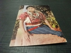 Costume Donna Native Woman Chichicastenango Guatemale - Costumi