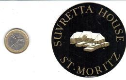 ETIQUETA DE HOTEL  -  SUVRETTA HOUSE  -ST. MORITZ  -SUIZA  (SUISSE)  (CON CHARNELA) - Hotel Labels