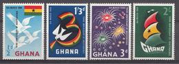 Ghana 1960 Mi.nr: 73-76 Unabhängigkeit  Neuf Sans Charniere /MNH / Postfris - Ghana (1957-...)